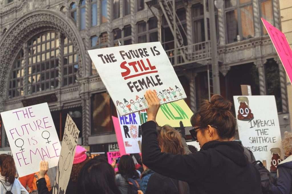 Non è solo una manifestazione femminista la giornata del 25 novembre